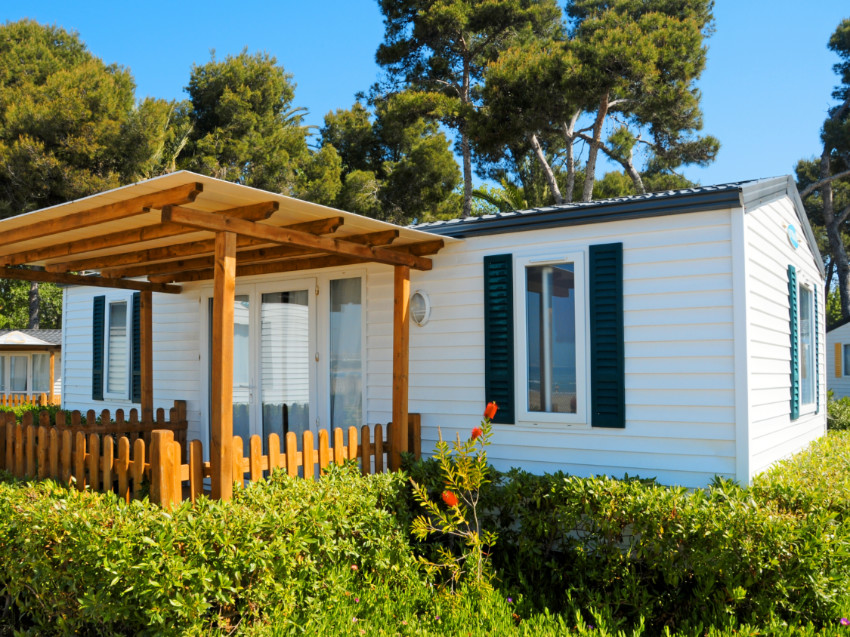 How to Remove Your Mobile Home and How Much It Costs